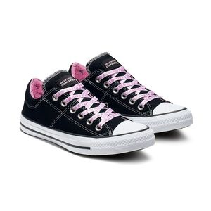Sz 7 Hello Kitty x Converse Shoes Black Pink